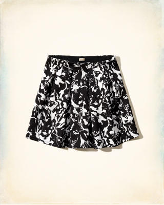 Belmont Short Neoprene Pleated Skirt