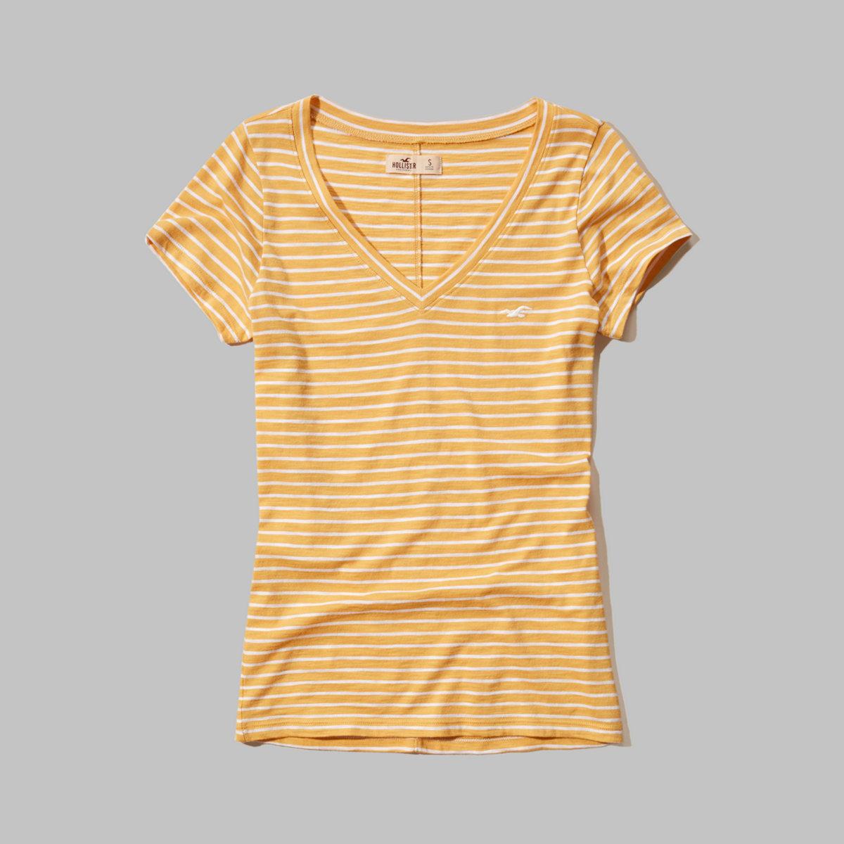 Must-Have Short Sleeve V Neck T-Shirt