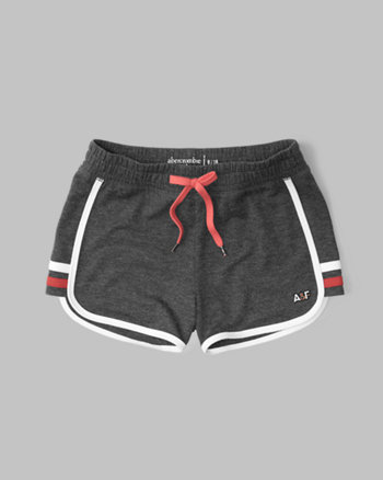 kids curved hem shorts