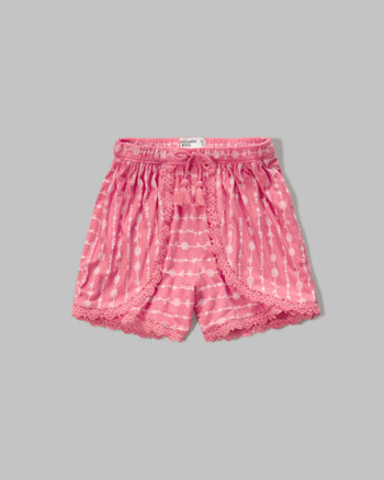 kids lace trim tulip shorts