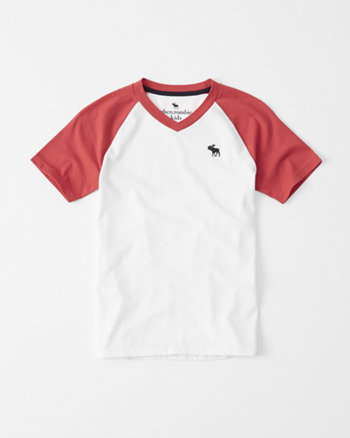 kids icon v-neck raglan tee