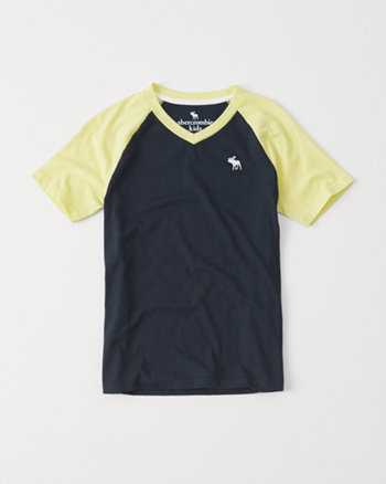 kids v-neck raglan tee