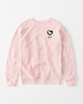 kids cozy graphic pullover