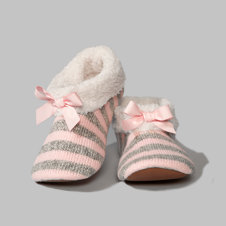 girls cozy sherpa-lined slippers