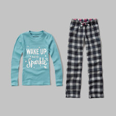 girls shine graphic sleep set