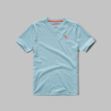 girls iconic v-neck tee