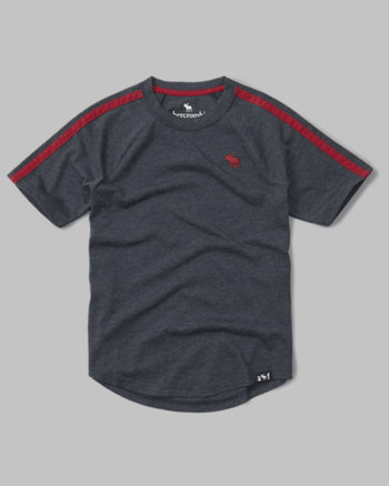 kids logo athletic tee